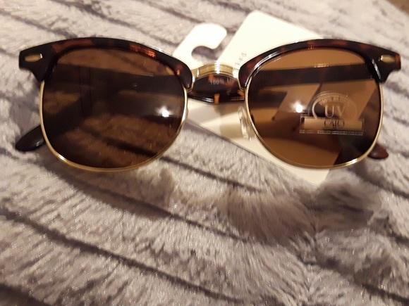 257cb0ff8c1 Half frame tortoise shell sunglasses